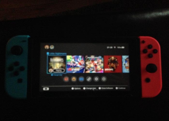Nintendo switch w/ 25 games - 1