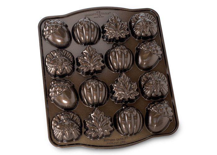 "Nordic Ware Baking Pan ""Autumn themes"" - 1"