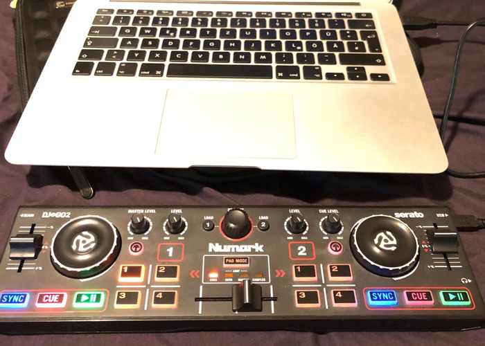 Numark Pocket DJ Controller with Audio Interface + Serato - 1