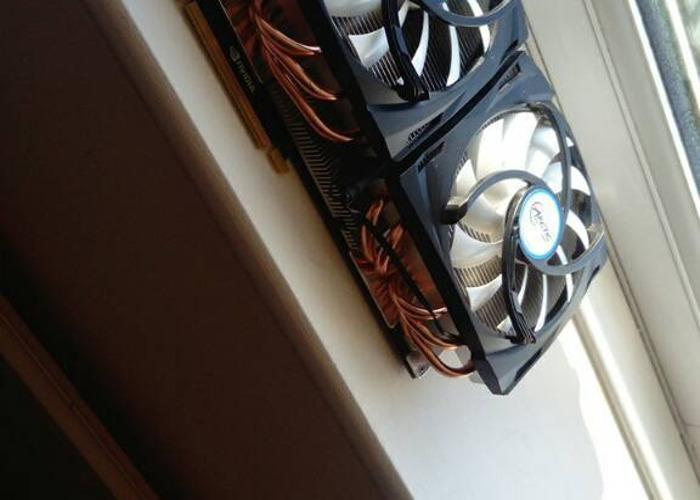 Nvidia GeForce GTX 690 - 1