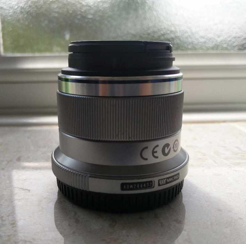 olympus 45mm-f18-micro-four-thirds-lens-99984626.jpg