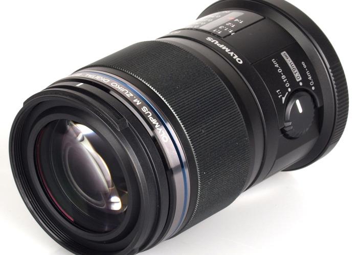 Olympus 60mm 2.8 Macro ED MSC lens - 1