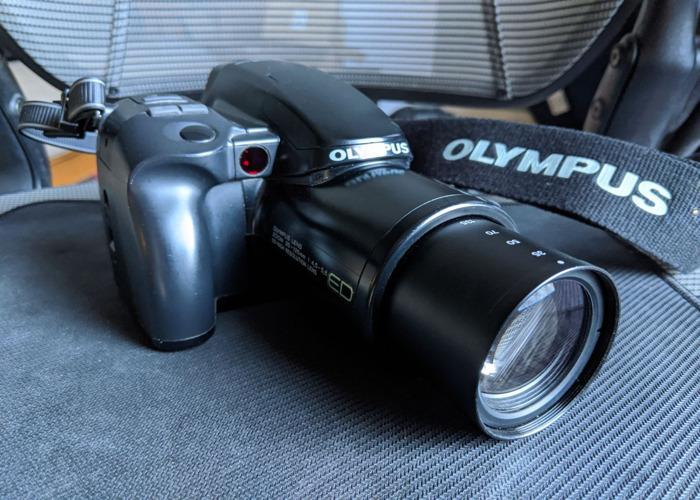 Olympus iS-1000 35mm SLR Power Zoom + Autofocus - 2