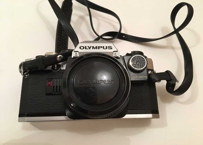 Olympus OM10 film camera with accessories! - 1