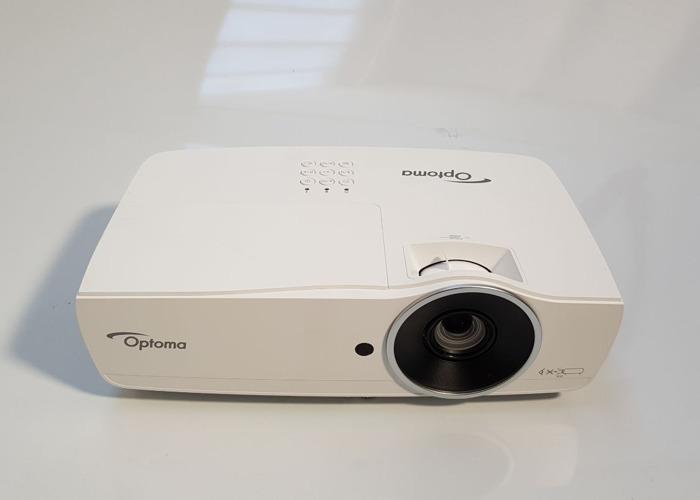Optoma Bright Full HD 1080p projector - 5K Lumens - 1