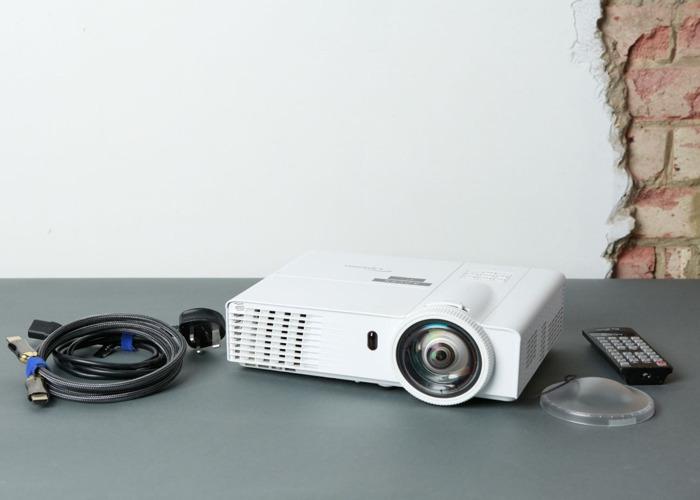 Optoma GT760 / Super Short Throw Projector 3200 Lumens - 1
