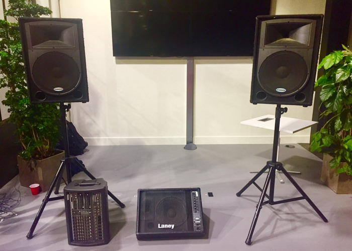 Pa System 900w X2 15 Speakers Stands