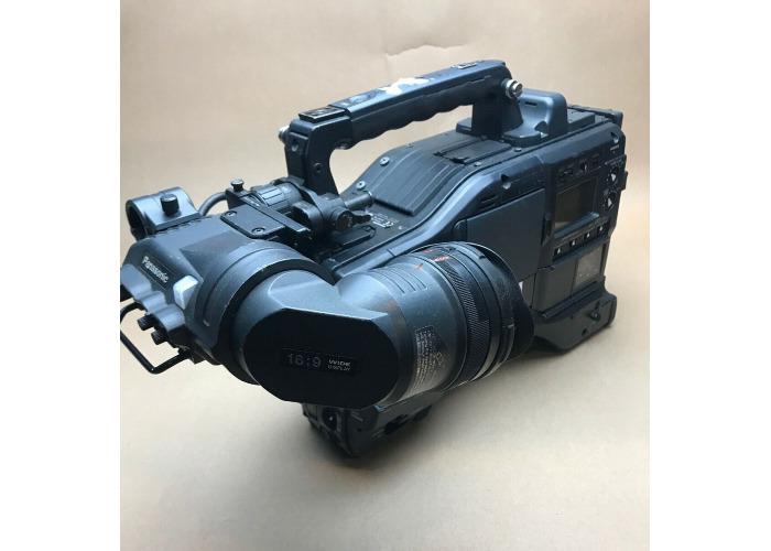 Panasonic AJ-SPX900E DVCPRO50 P2 Camcorder and Panasoinc Viewfinder AJ-VF20WBE. - 2
