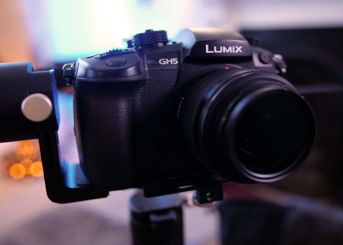 Panasonic GH5 +Zhiyun Crane Plus + Lumix 25mm - f/1.4  - 1