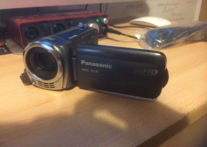 Panasonic HDC-SD41 Camcorder - 1