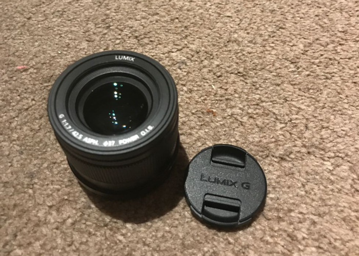 Panasonic LUMIX 42.5mm f1.7 lens - 1