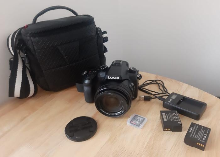 Panasonic Lumix FZ2000 Camera - 4k Video - Leica Lens - 1