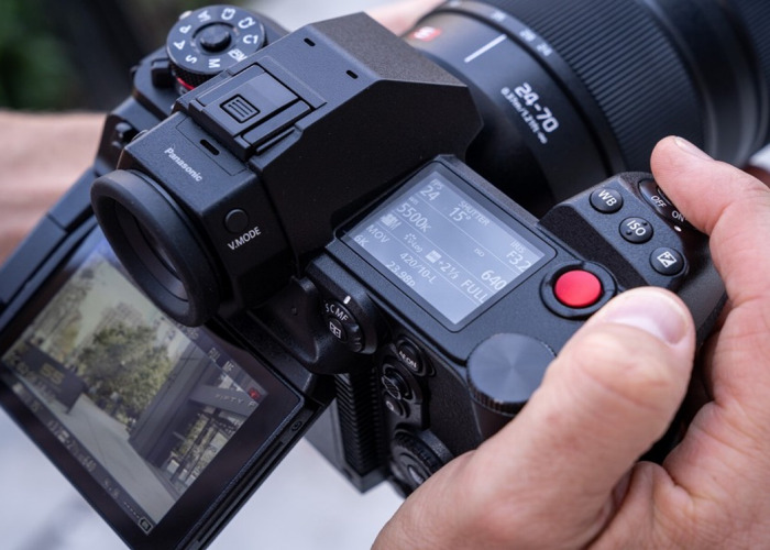 Panasonic Lumix S1H 6K Digital Camera Body - 2