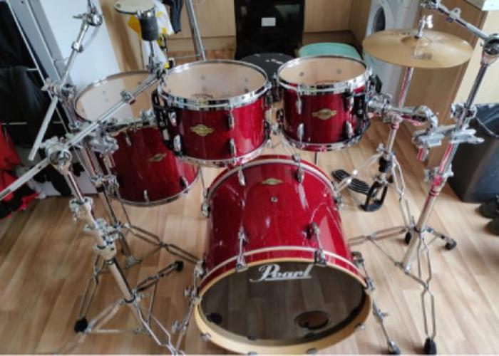 Pearl Masters Drum kit  - 1
