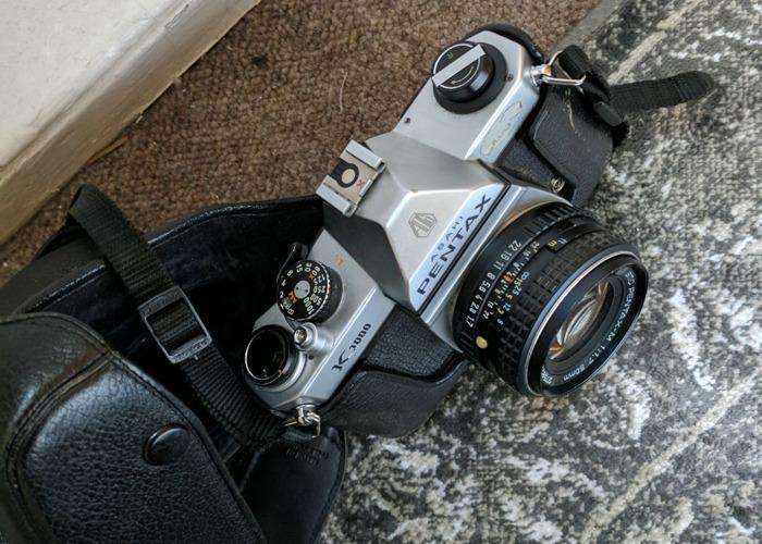 pentax k1000-film-camera-77280956.jpg