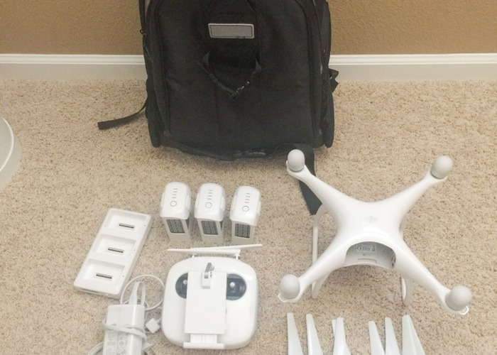 Phantom 4 Drone 4K with 3 Batteries - 1