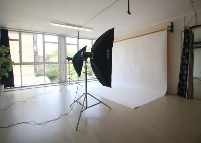 Photography Studio 2 Hour Hire - 1