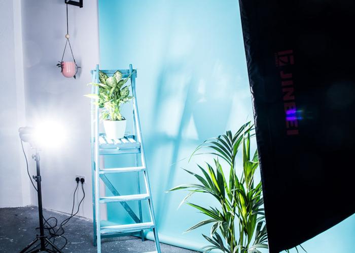 Photography Studio and Lighting Equipment - 2