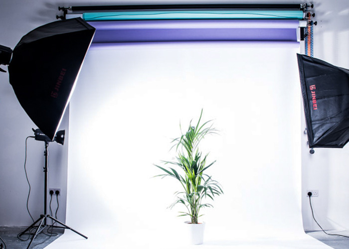 Photography Studio and Lighting Equipment - 1