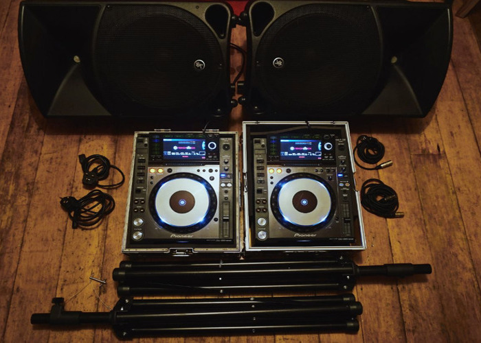 Pioneer CDJ Nexus 2000s x2, and Mackie Thump 15s - Same Day Delivery Available - 1