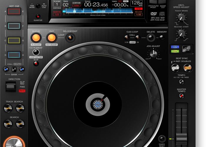 pioneer cdj2000-nxs2-70801935.jpg