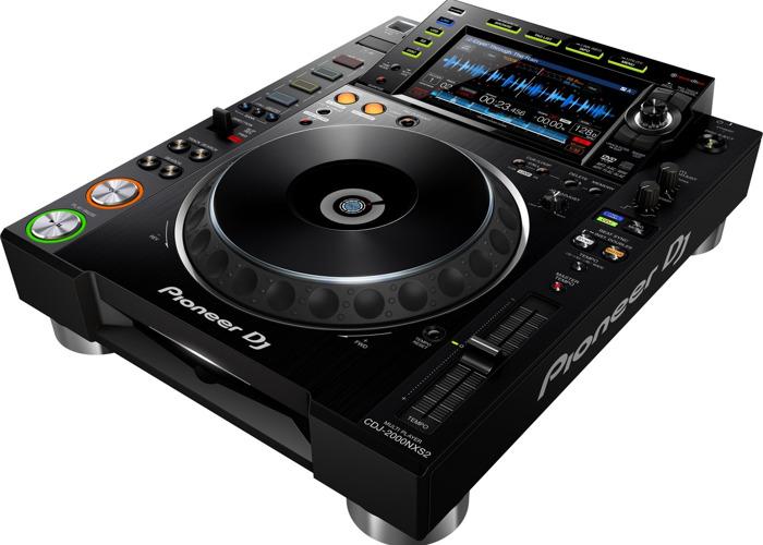 pioneer cdj2000-nxs2-93921920.jpg