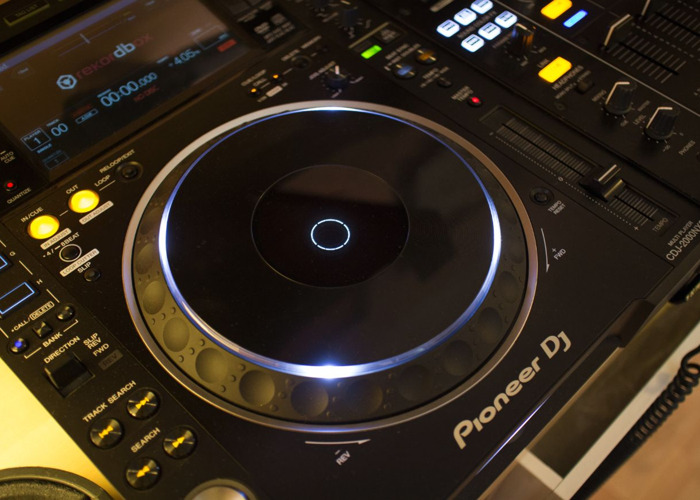 Pioneer CDJ-2000NXS2 Multi Player (Pair) - 2
