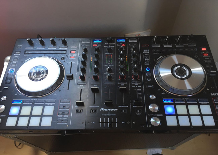 Pioneer DDJ SX DJ Controller for Serato & Rekordbox - 1