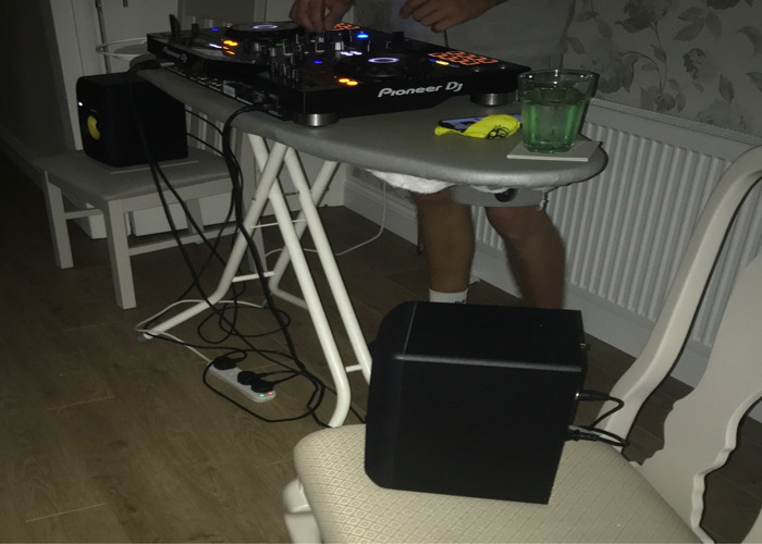 Pioneer DJ RX2s - 2