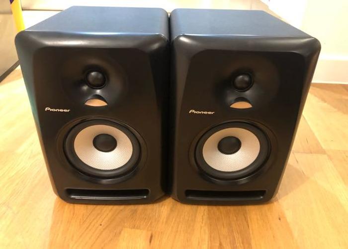 Pioneer S-DJ50X (Pair) w/stands - 1
