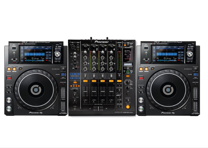 Pioneer XDJ 1000 Mk2 (CDJs) and DJM 900 Nexus  - 1