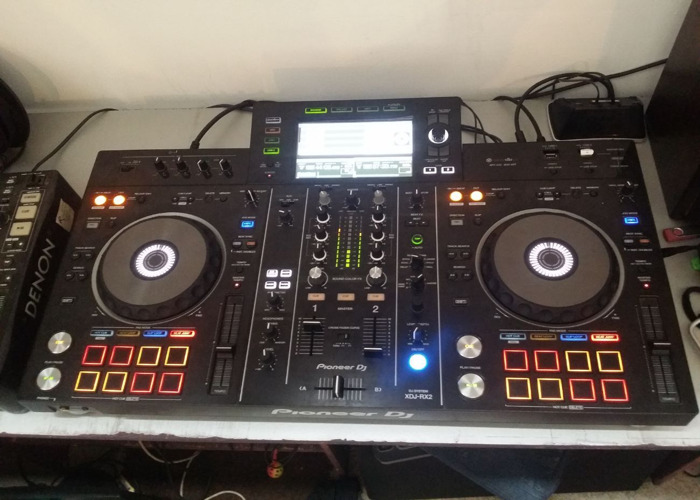 Pioneer XDJ-RX2 All-In-One DJ Mixer Controller - 1