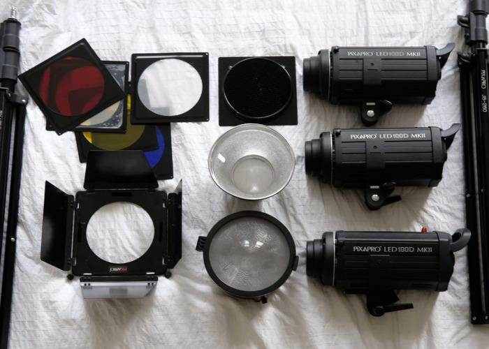 PixaPro LED 100D MK2 3 Light Set - 2