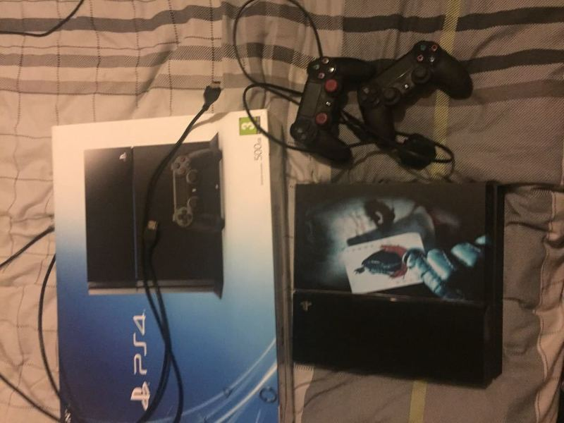PlayStation 4 Video Game Console - 1