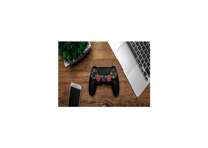 Playstation 4 with one Controller - 1