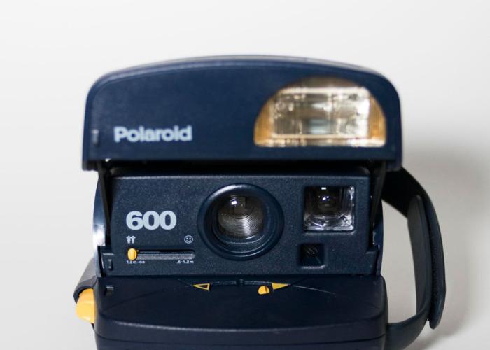Polaroid 600 + 600 film - 2