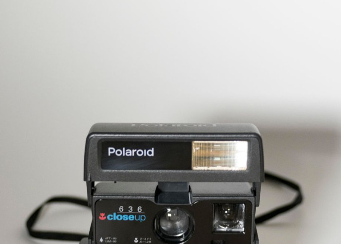 Polaroid 636 Close Up + 600 film - 2