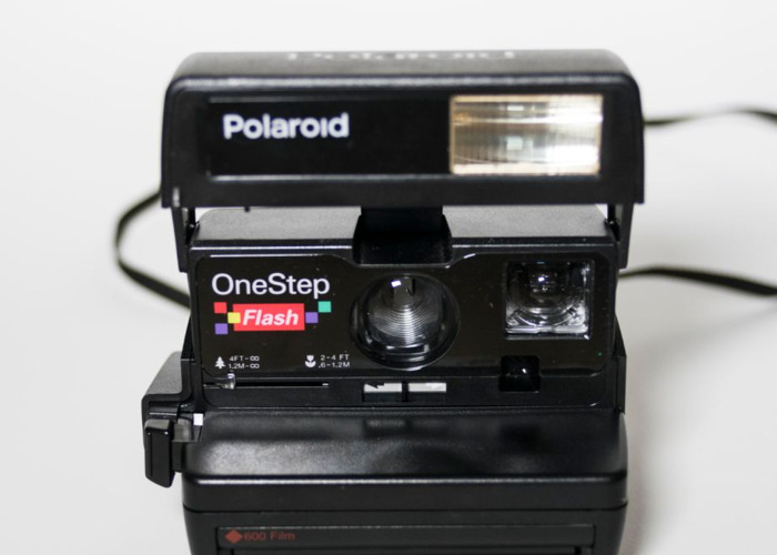 Polaroid One Step Flash 600 + 600 film - 2