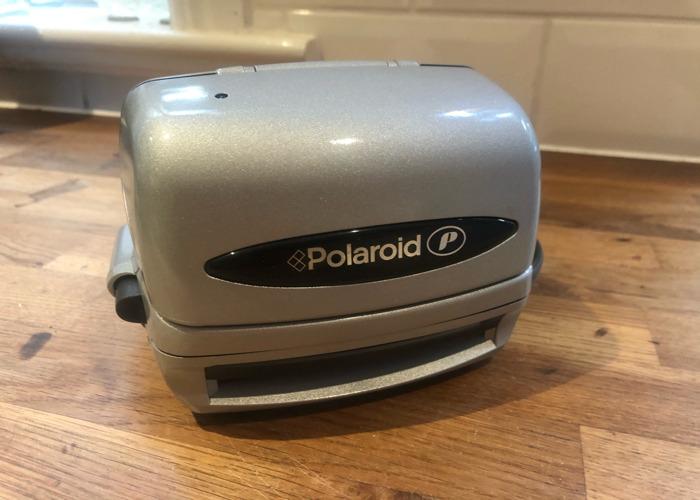 Polaroid p instant camera fully working  - 1