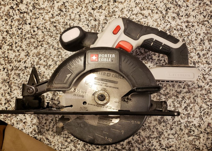 Porter Cable Circular Saw (Cordless) - 1