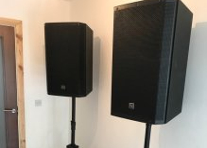 "Powered Electro-voice Speakers - ZLX15P - 15"" PA Speakers - 1"