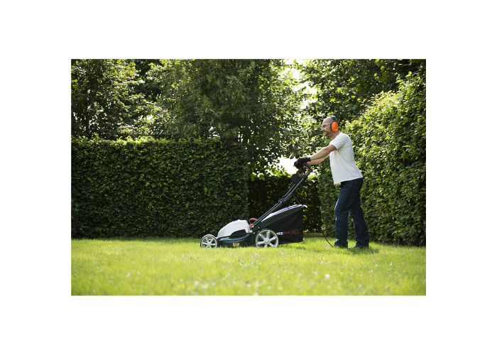 "Powerplus 18"" 1800W Electric Garden Pro Lawn Mower POWXQG7510 - 1"