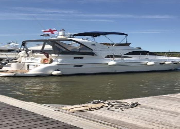 Private romantic Essex river boat trip including champagne - 2