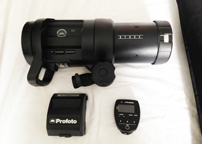 Profoto B1 500 Air TTL with Air Remote, Softbox and Stand - 2