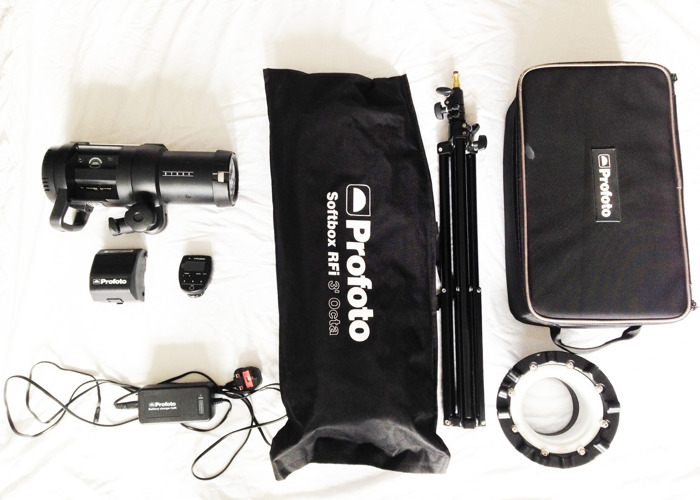 Profoto B1 500 Air TTL with Air Remote, Softbox and Stand - 1