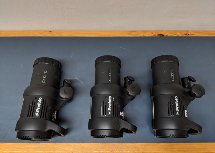 Profoto D1 air 3 head studio kit with softboxes + stands - 1