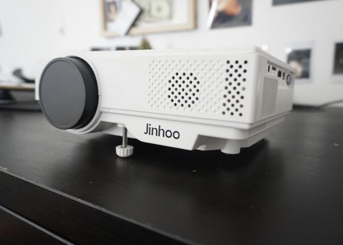 Projector 300inch + Screen + Netflix - 2