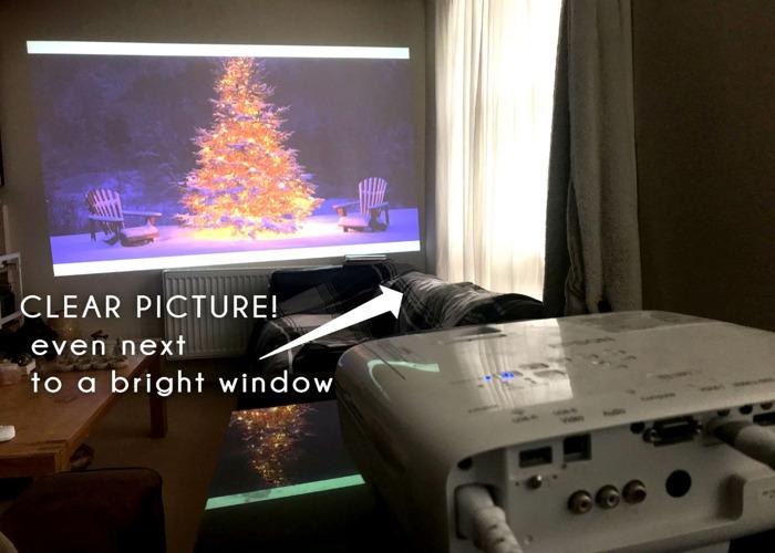 Projector  HD, 3400 Lumens 300 Inch Display Epson EB-U05 Ful - 2