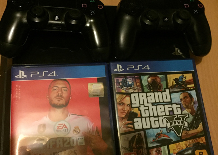 PS4 This item is always disinfected before renting out - 2