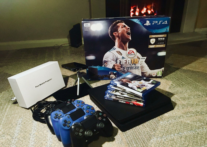 PS4 and Projector Gaming Night Bundle/Pack - includes 5 Games (Inc FIFA 19) - 1